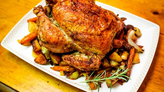 копченая курица с гарниром