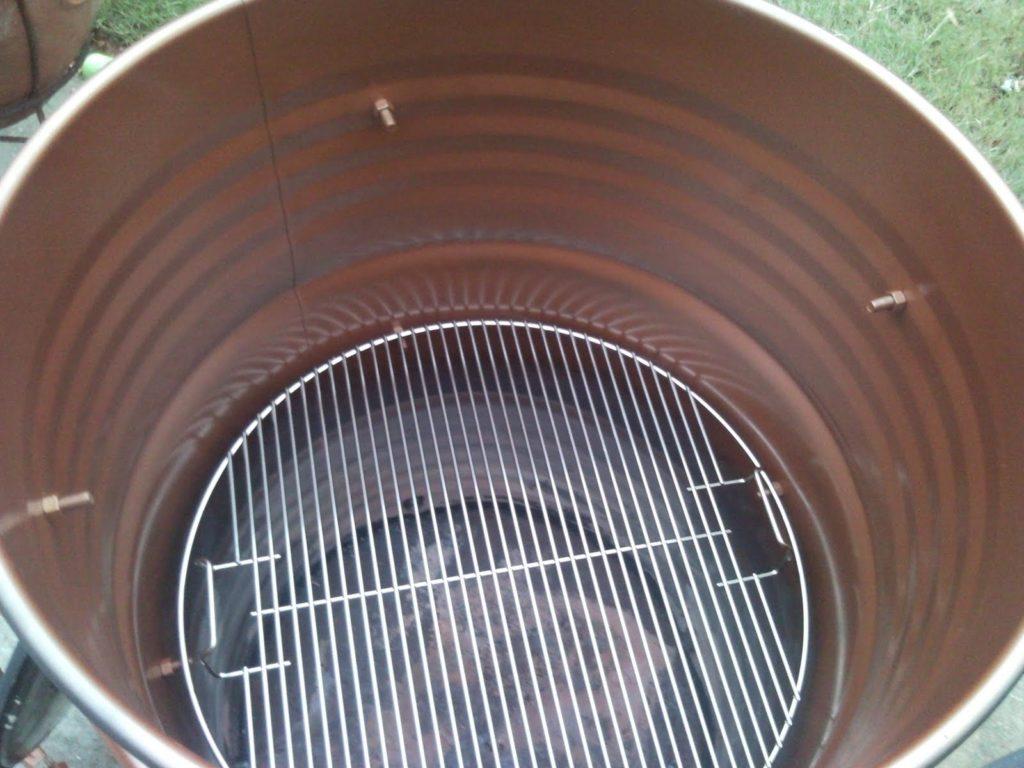 Камера горячего копчения из бочки