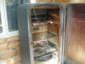 Из старого холодильника