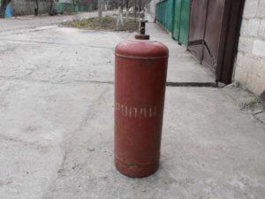 Старый газовый баллон