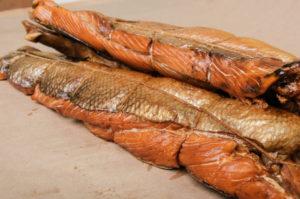 красная рыба горячего копчения