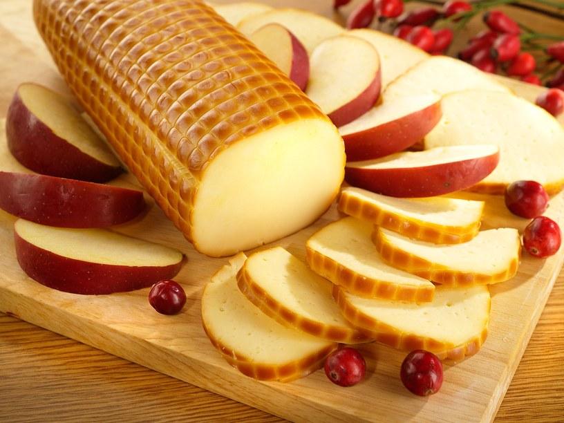 Колбасный копченый сыр