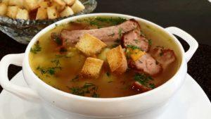 Подача супа с гренками