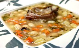 грибной суп с копчеными ребрышками