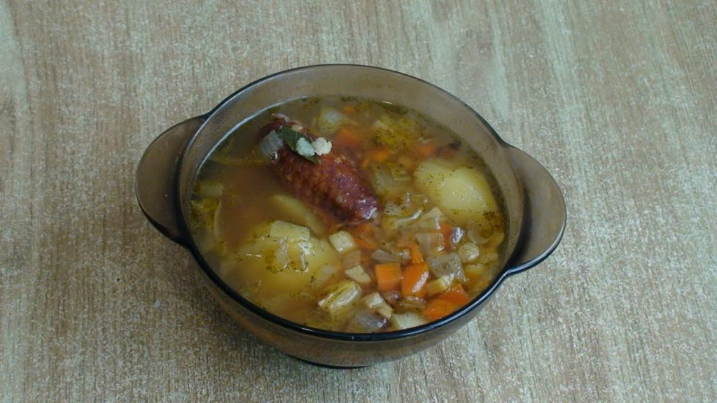 Суп из копченых крылышек
