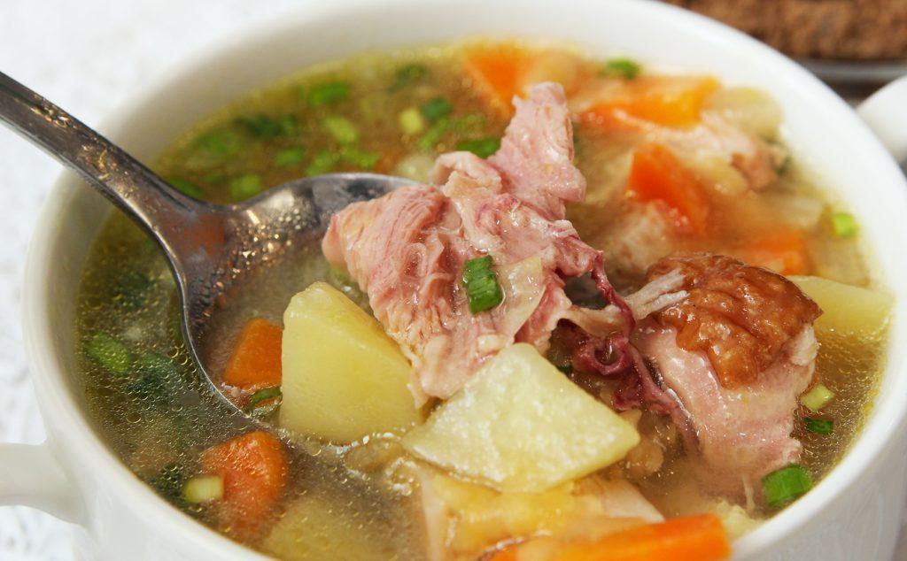 суп с копченой куриной грудкой