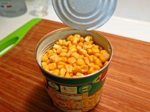 банки консервированной кукурузы