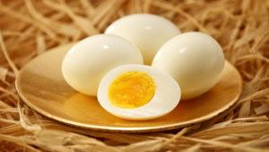 вареных яйца