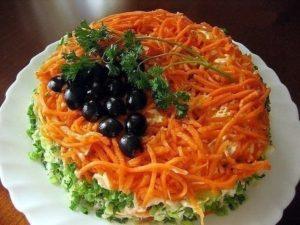 Слоеный салат «Изабелла»